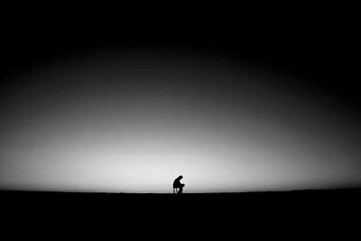 मैं अकेला हूँ